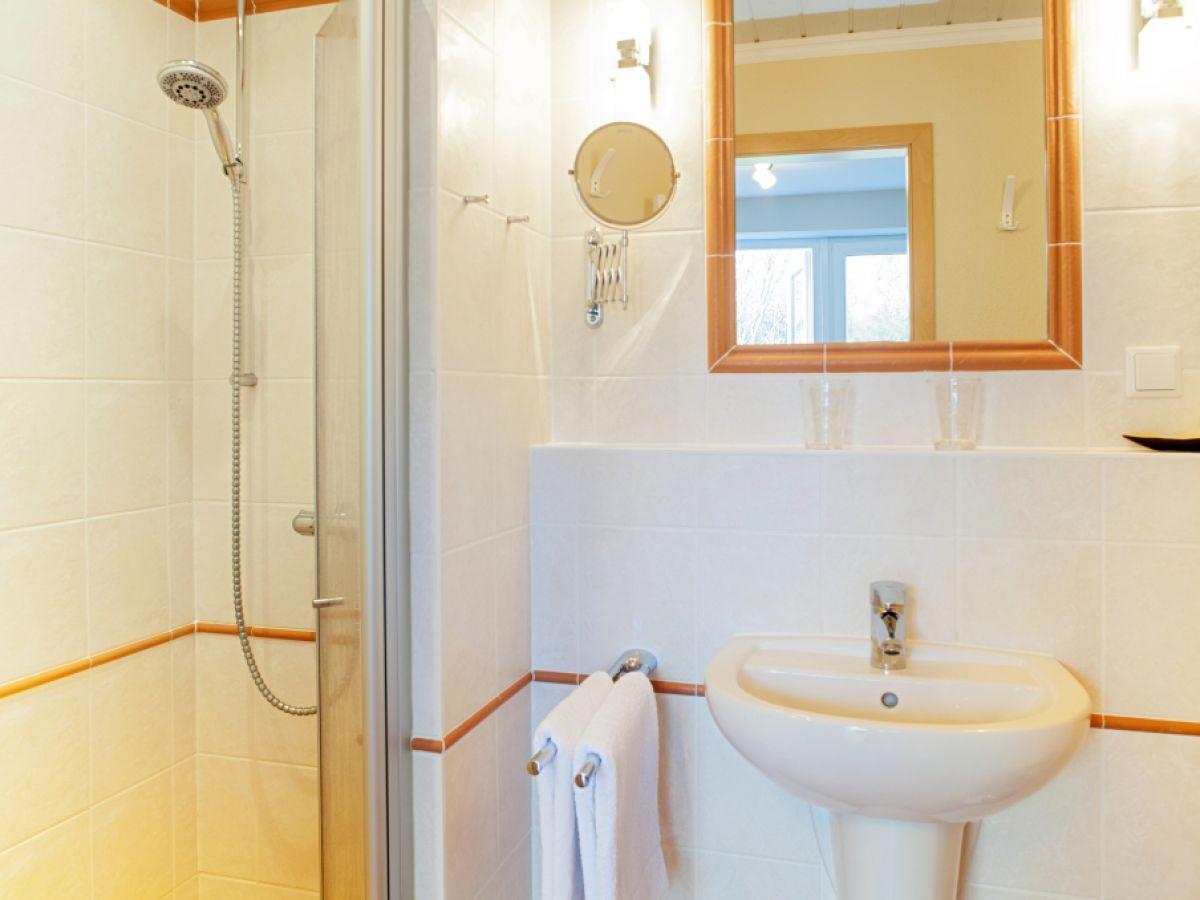 ferienhaus bachstelze list firma appartementvermittlung familie clausen gmbh frau cornelia. Black Bedroom Furniture Sets. Home Design Ideas