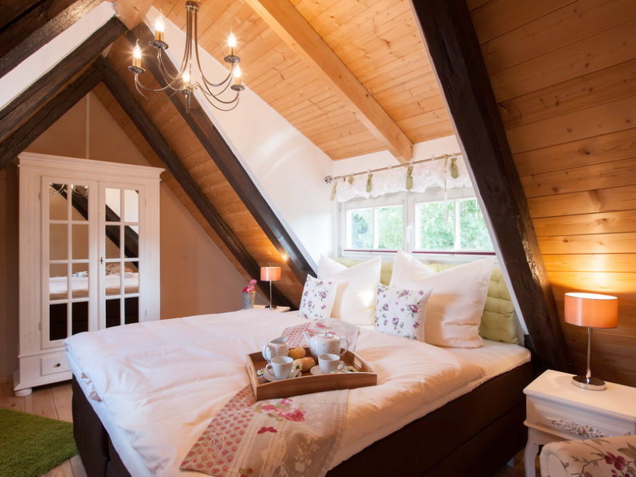 Ferienhaus am schloss harz quedlinburg firma premium - Schlafzimmer dachgeschoss ...