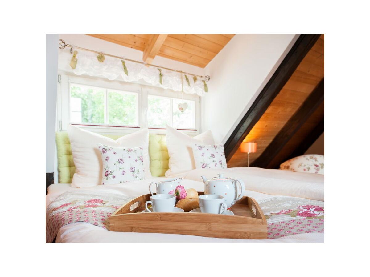 Ferienhaus am schloss harz quedlinburg firma premium for Schlafzimmer dachgeschoss