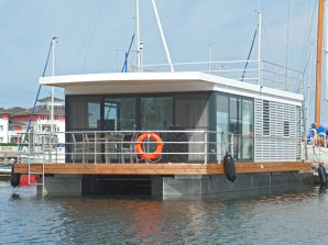 Hausboot FLOATING 44 Boltenhagen