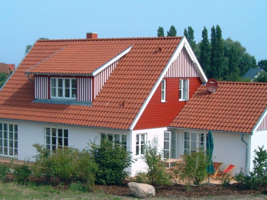 Ferienhaus Rotes Haus am Meer Groß Schwansee Firma