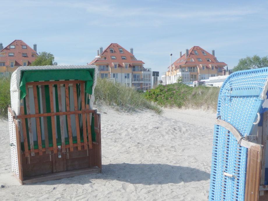 Blick vom Strand auf Haus Meerblick (Mitte)