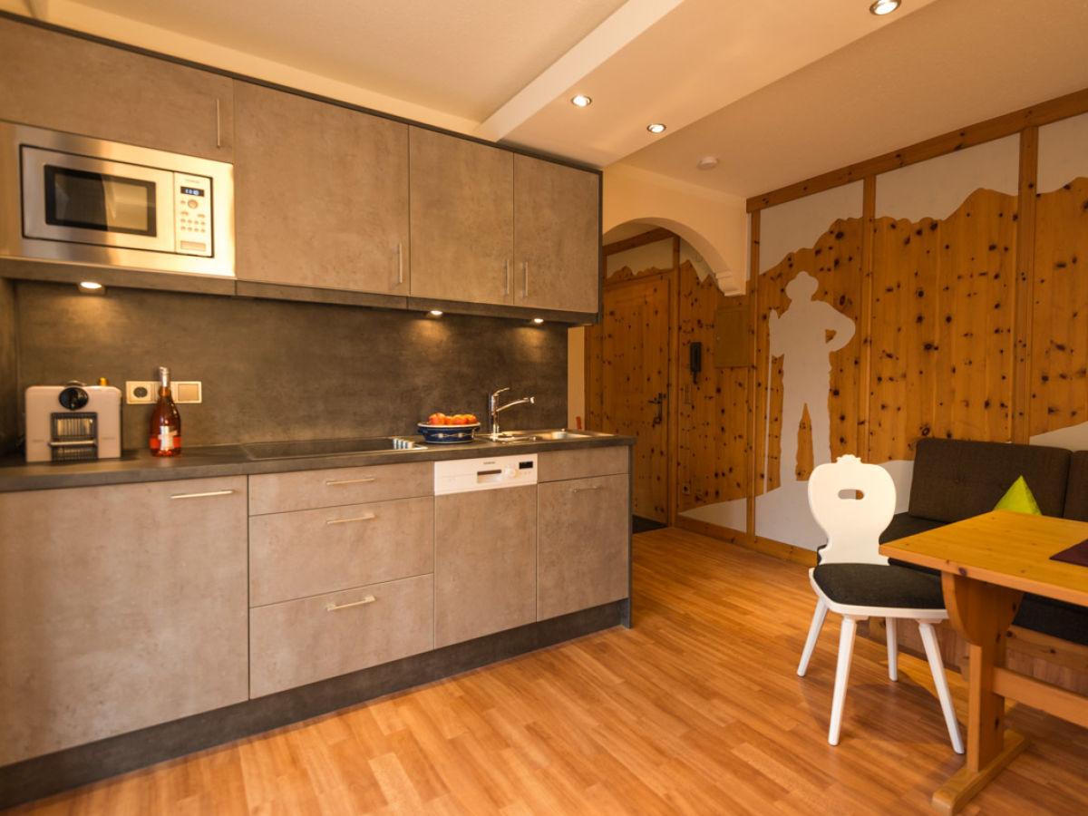 ferienwohnung freiwild 5 sterne oberbayern firma ferienwohnung feriengl ck martin und sonja. Black Bedroom Furniture Sets. Home Design Ideas