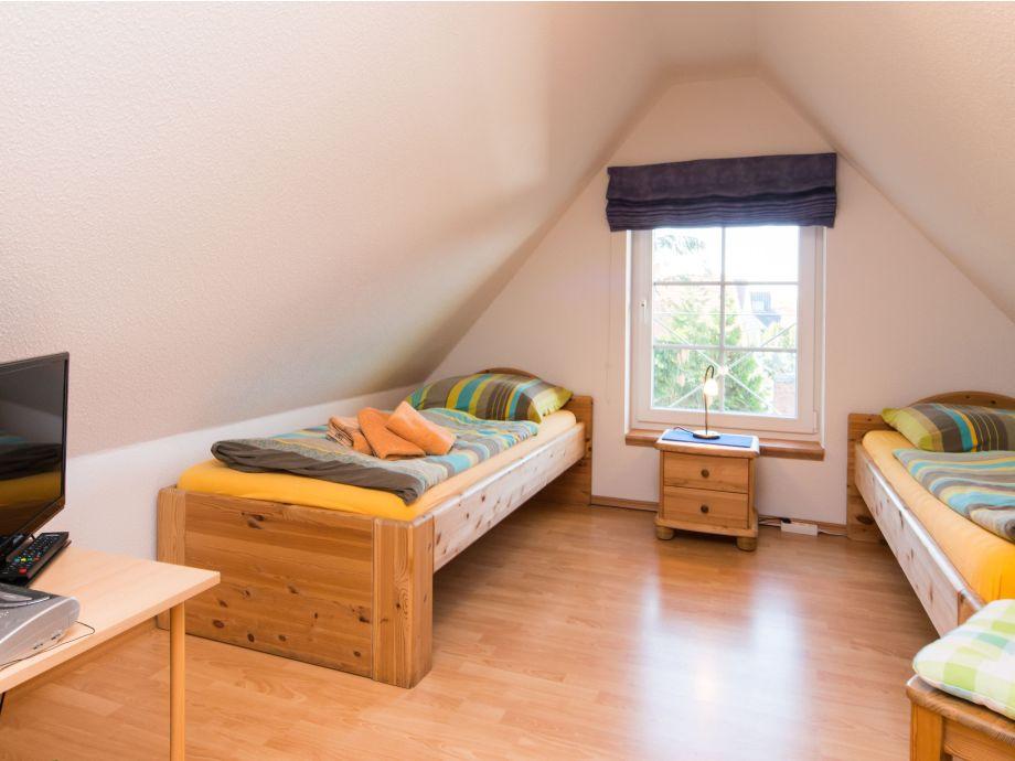 ferienwohnung gro er pirat fischland darss zingst firma. Black Bedroom Furniture Sets. Home Design Ideas