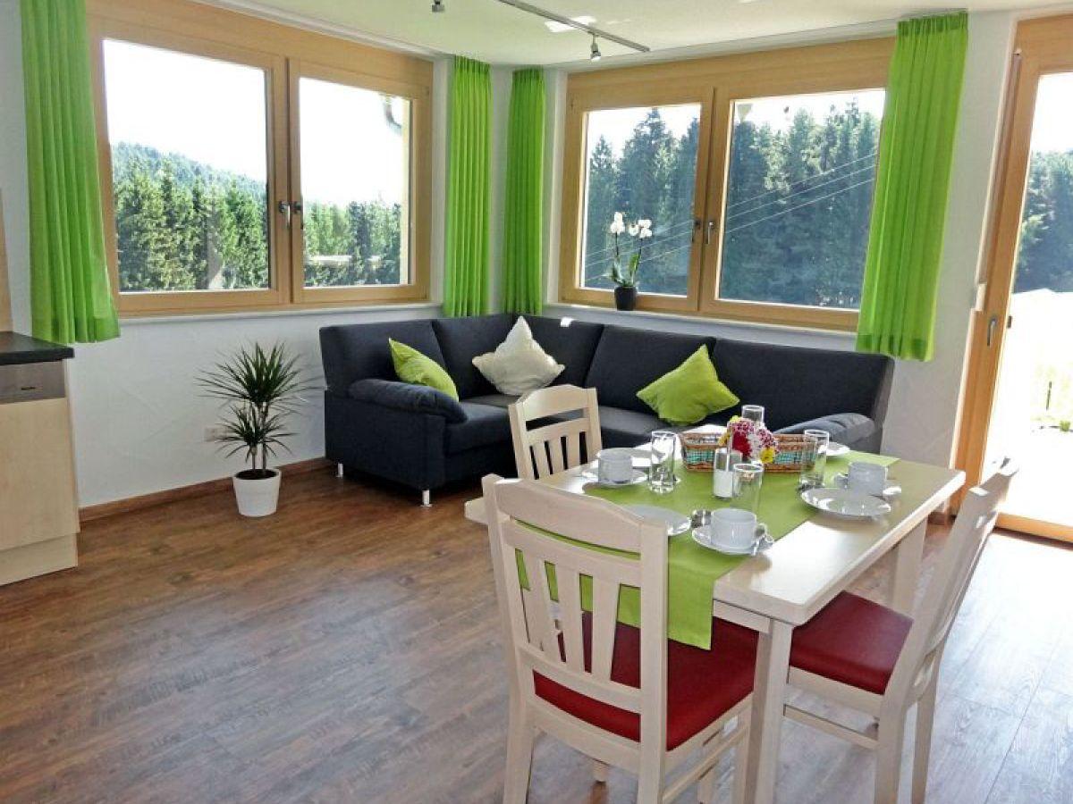 ferienwohnung morgentau auf dem florihof mittlerer schwarzwald ferienland familie gerhard storz. Black Bedroom Furniture Sets. Home Design Ideas