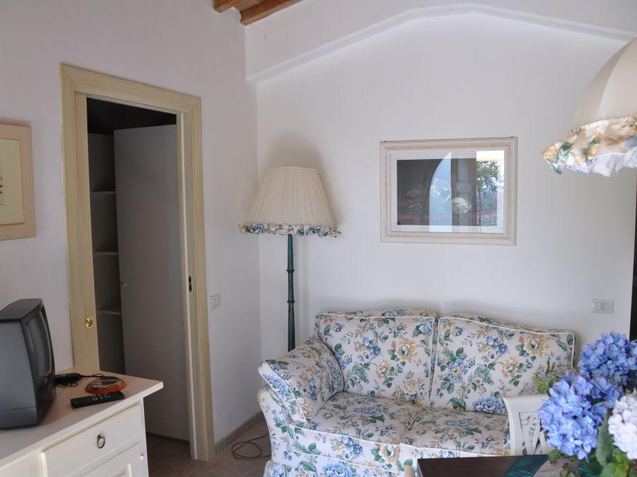 Sofa In Der Küche : ferienhaus la casita vinci chianti montalbano firma toskana pur frau helga kaufmann ~ Bigdaddyawards.com Haus und Dekorationen