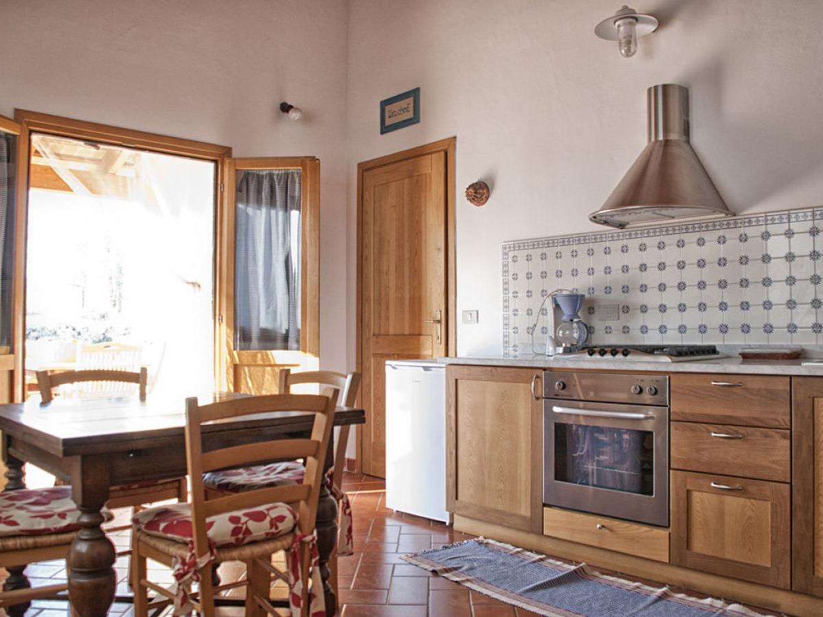 ferienhaus oliveto ginigiano grosseto firma toskana. Black Bedroom Furniture Sets. Home Design Ideas
