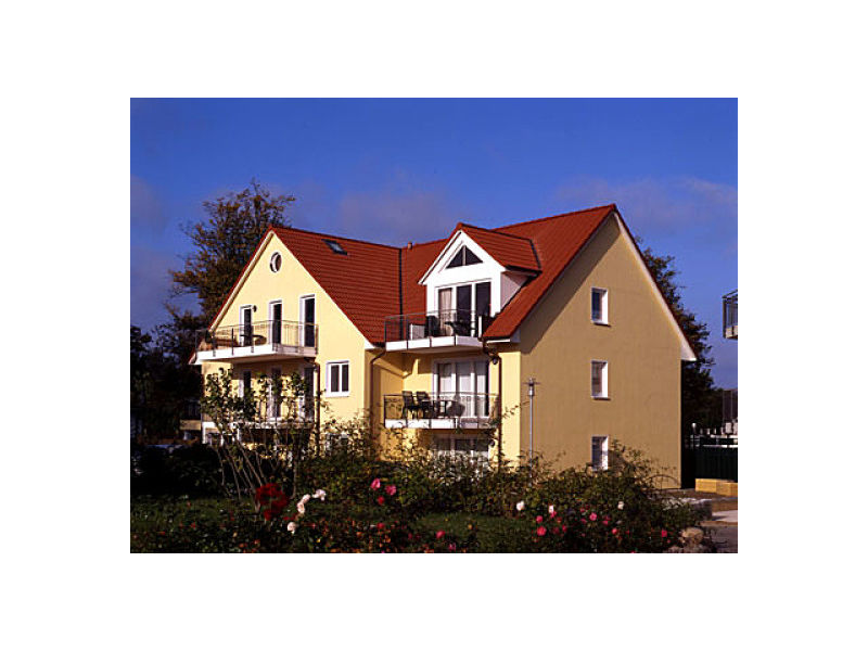 "Holiday apartment ""Ostseetraum"" Landhausresidence am schwarzen Busch"
