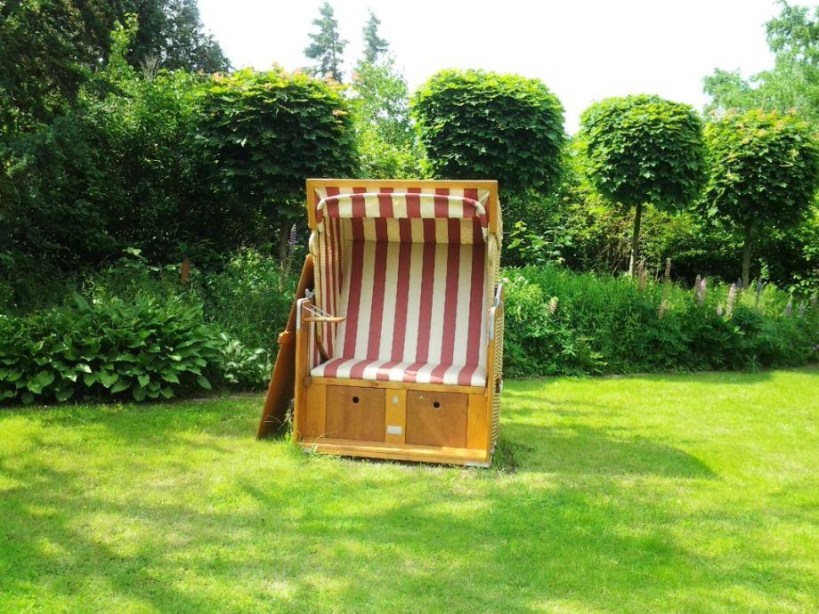cottage wildgarten mit reetdach dithmarschen schafstedt firma das nordseeteam frau. Black Bedroom Furniture Sets. Home Design Ideas