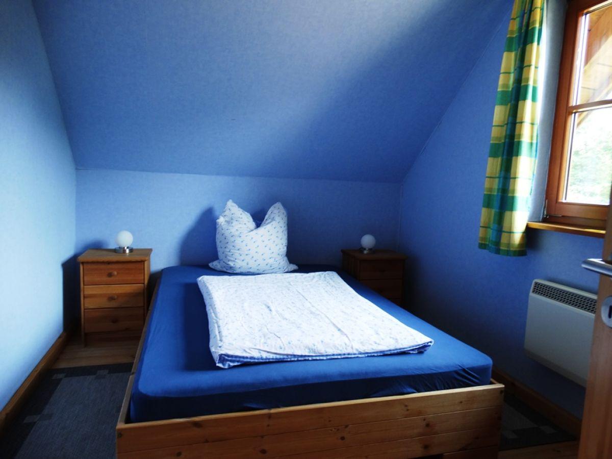 Ferienhaus blockbohlenhaus dithmarschen firma das nordseeteam frau brigitte schlieker - Blaues schlafzimmer ...