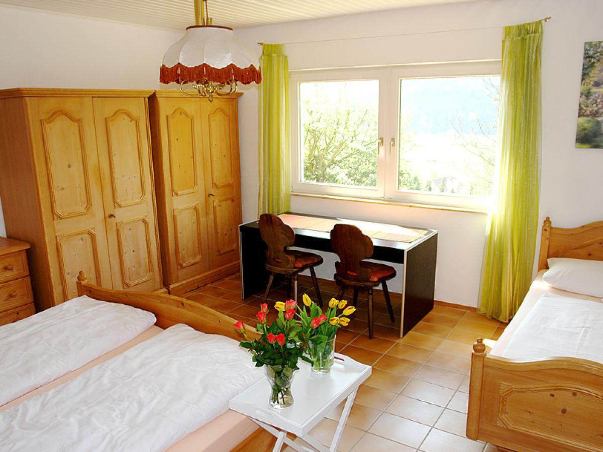 Schlafzimmer Und Wohnzimmer Kombiniert – MiDiR